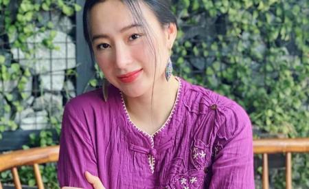 angela-phuong-trinh-gay-soc-voi-thong-tin-son-moi-lam-tu-trun-384.html